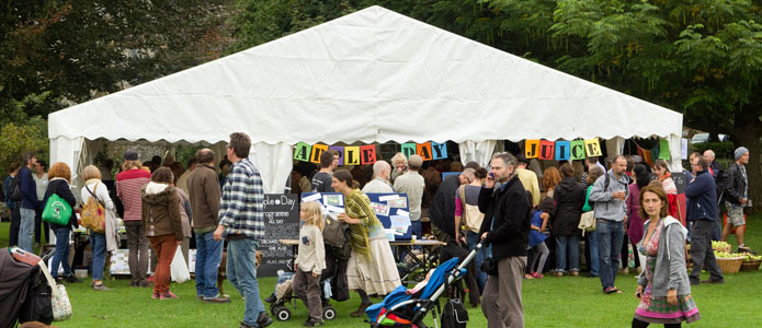https://brightonpermaculture.org.uk/wp-content/uploads/events/appleday/slideshow2013/appledaybrighton05.jpg