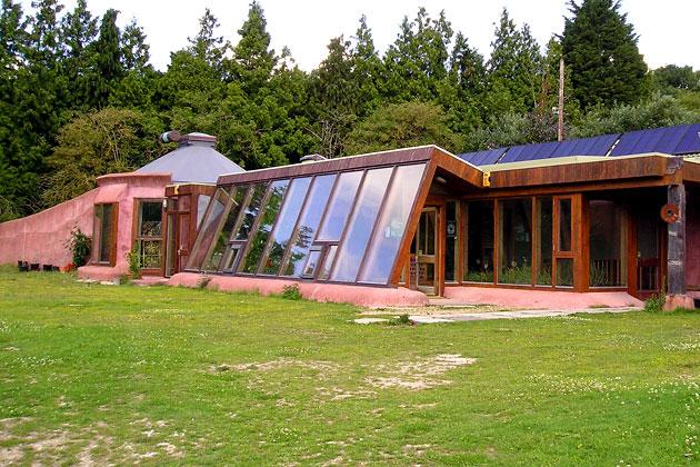Earthship building workshop